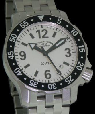 Muhle glashutte marinus wrist watches marinus iii on metal band m1 28 45 mb for Muhle watches