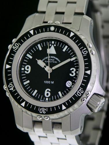 Muhle glashutte rasmus diver wrist watches rasmus 1000m diving watch m1 28 13mb for Muhle watches