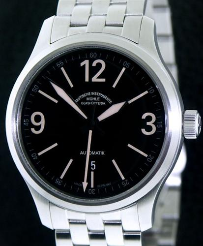 Muhle glashutte terranaut wrist watches terranaut ii tactical dial m1 40 33 1 mb for Muhle watches